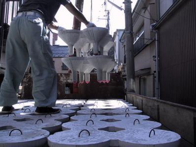 sakura_House コマ基礎ーコマの搬入・設置の様子