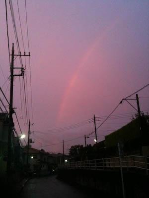 110825-asayake-niji.jpg