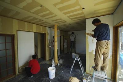 sasabe_House(R)—壁塗りセルフビルド
